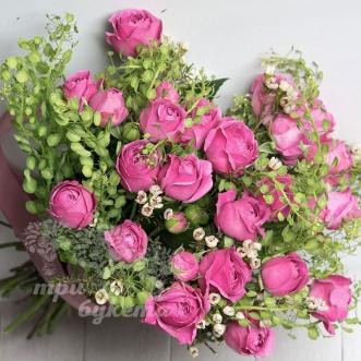 rozovye-pionovidnye-rozy